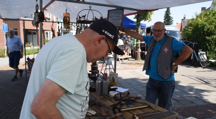 Weinig animo braderie Aalst (Video)